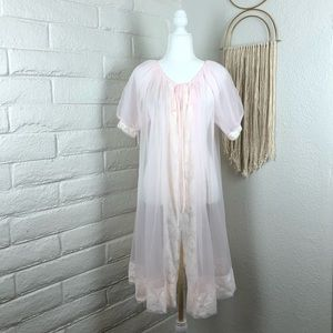 🌹Vintage Gaymode Penney's Union Made sheer robe🌹